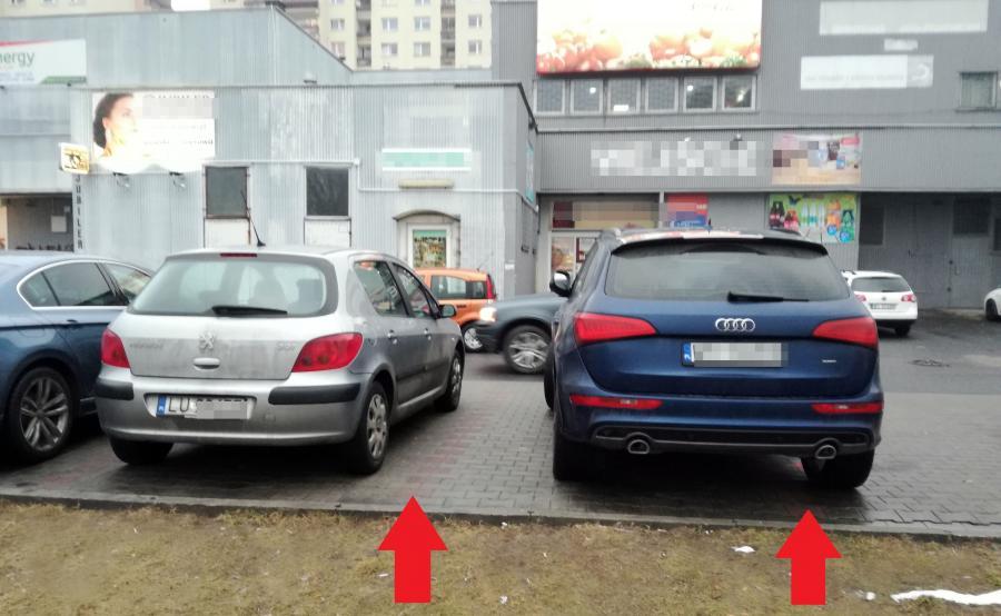 Parkowanie na dwóch miejscach - zdjęcie nadesłane przez czytelnika
