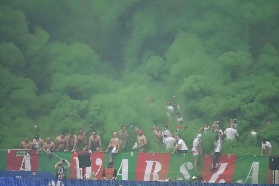 Kibice Legii Warszawa podczas finałowego meczu piłkarskiego Pucharu Polski
