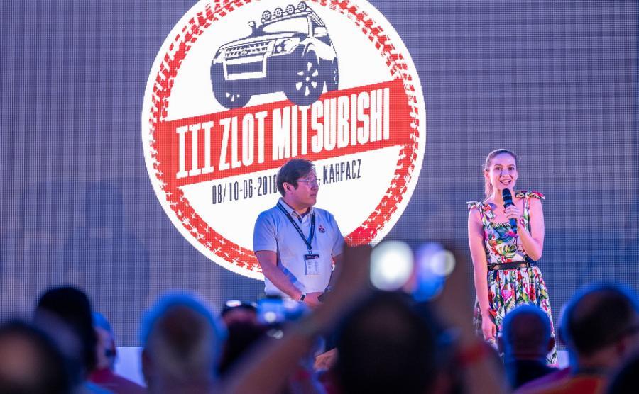 Gości powitali prezes polskiego oddziału Mitsubishi Motors pan Yasuyuki Oyama oraz znana aktorka i ambasadorka marki Anna Cieślak