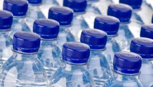 Butelki z wodą