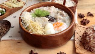 Jajka zapiekane w ryżu