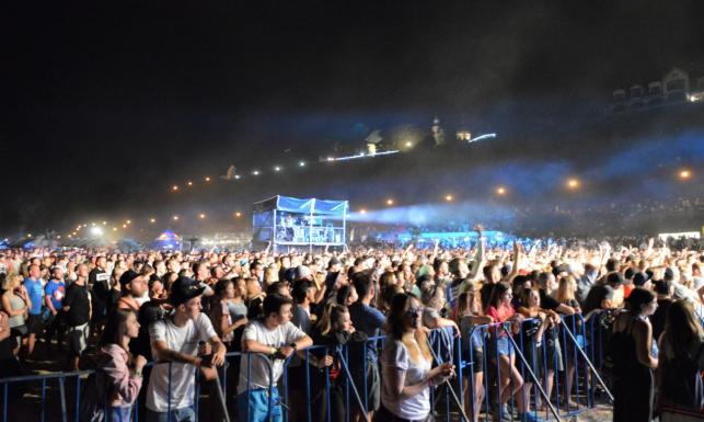 Polish Hip-Hop Festival rośnie w siłę. Na plaży w Płocku bawiło się ponad 14 tysięcy fanów [DUŻO FOTO]