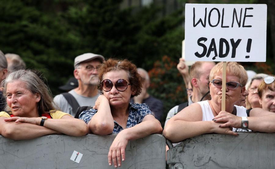 Manifestacja przeciwników reformy sądownictwa pod hasłem \