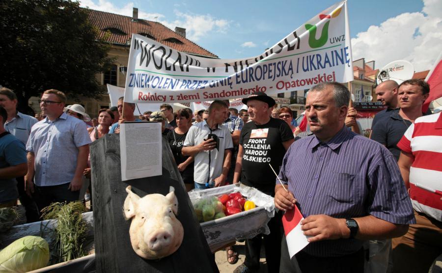Rolniczy protest podczas konwencji PiS