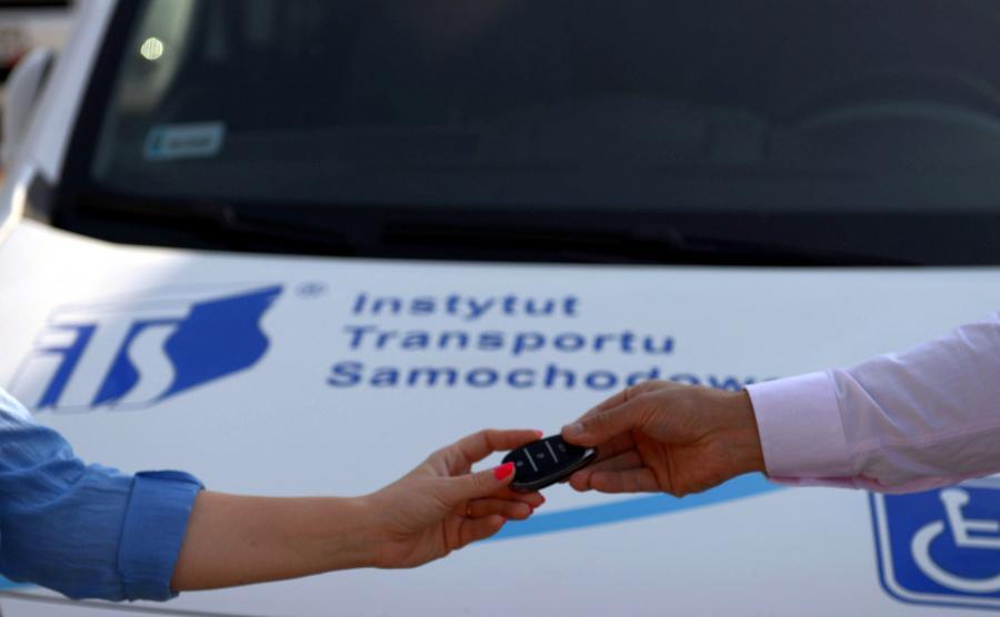 Mobi-ON - nowa polska platforma car-sharingowa dla osób niepełnosprawnych