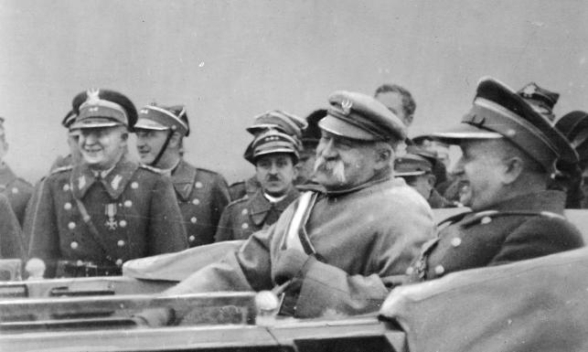 Historyk: Do niepodległości wiodła długa droga, kilka pokoleń o nią walczyło [ARCHIWALNE ZDJĘCIA]