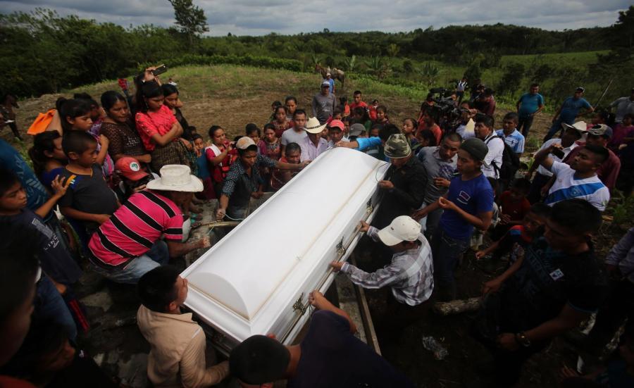 Pogrzeb Jakekin Caal w Gwatemali