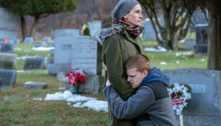 Julia Roberts i Lucas Hedges