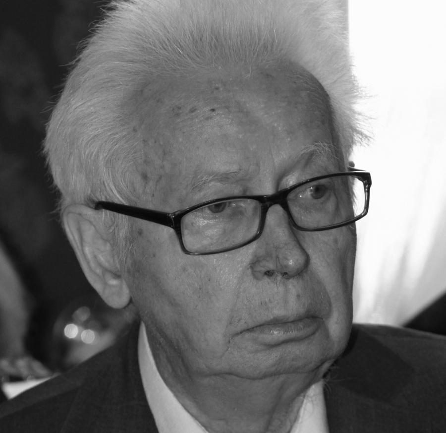 Profesor Mieczyław Tomaszewski