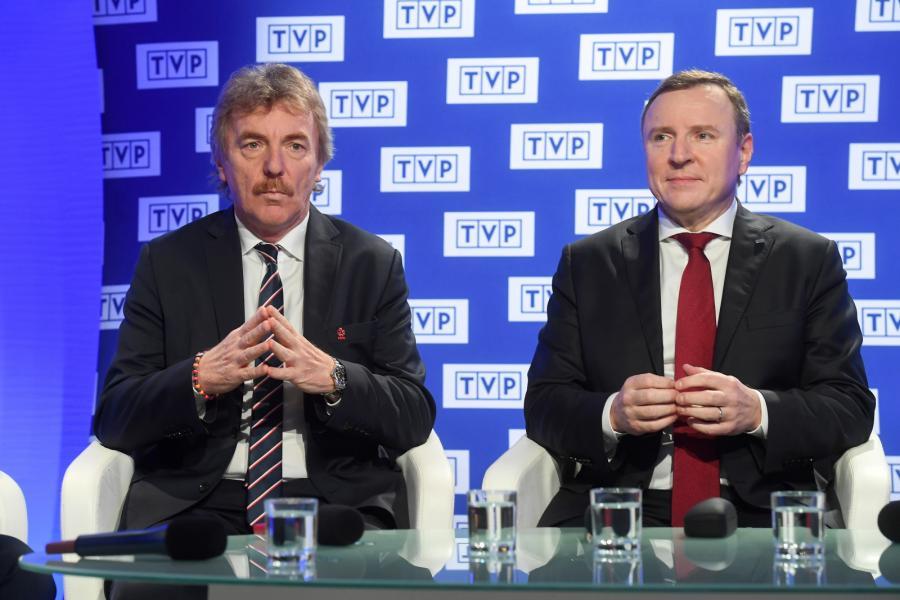 Prezes PZPN Zbigniew Boniek (L) i prezes TVP Jacek Kurski (P)