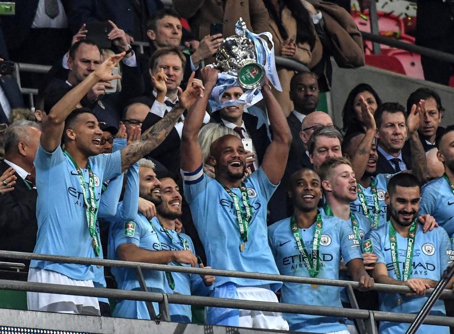 925f879a9 Manchester City wygrał z Chelsea Londyn po rzutach karnych 4-3 w rozegranym  na stadionie Wembley finale piłkarskiego Pucharu Ligi w Anglii.