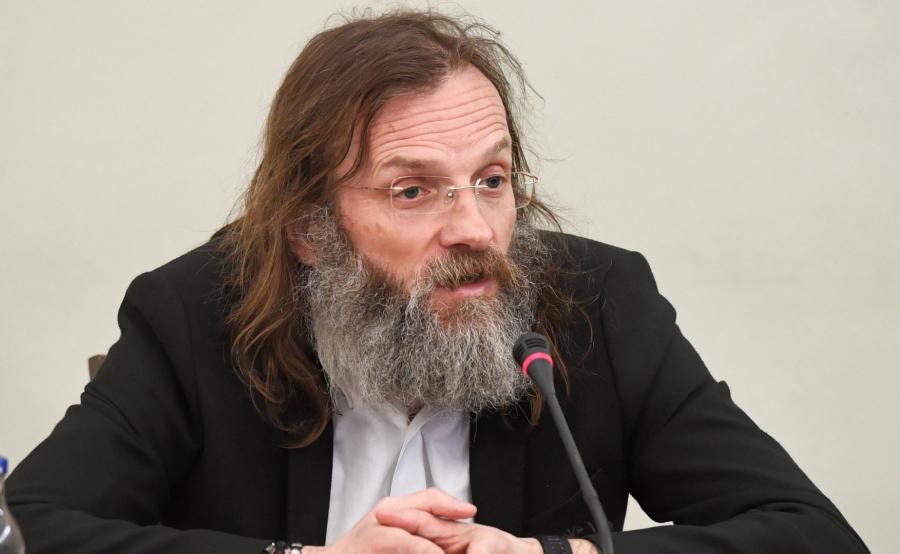 Piotr Perkins