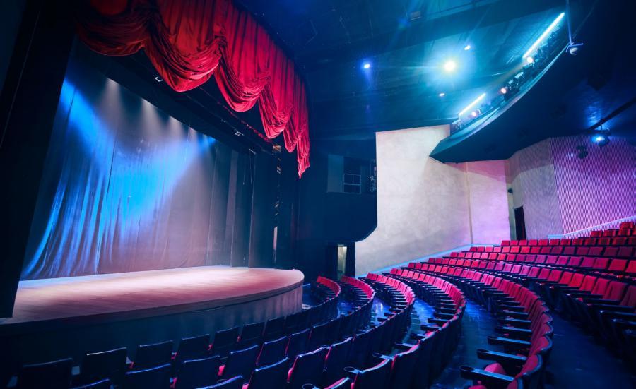 Teatr, scena - zdjęcie ilustracyjne
