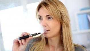 Palenie e-papierosa