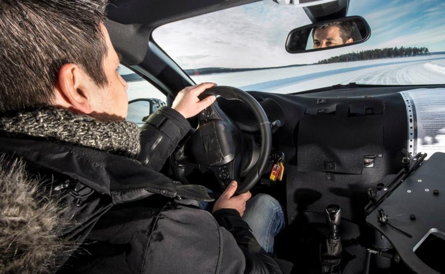 Opel Corsa - producent ujawnił pierwsze zdjęcia zakamuflowanych aut