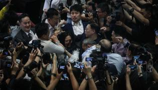 Bójka w parlamencie w Hongkongu