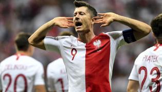Radość napastnika reprezentacji Polski Roberta Lewandowskiego po strzeleniu gola w meczu eliminacyjnym grupy G piłkarskich mistrzostw Europy z Izraelem