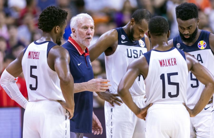Gregg Popovich i koszykarze USA