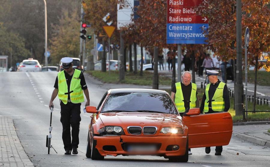 Miejsce wypadku na ulicy Sokratesa w Warszawie