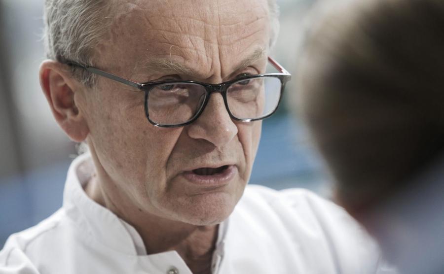 Szef Centrum Chorób Serca we wrocławskim Uniwersyteckim Szpitalu Klinicznym prof. Piotr Ponikowski