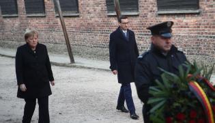 Angela Merkel i Mateusz Morawiecki w Auschwitz