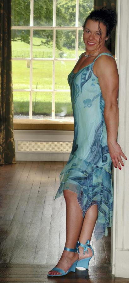 Najsilniejsza kobieta świata lubi szpilki i letnie sukienki
