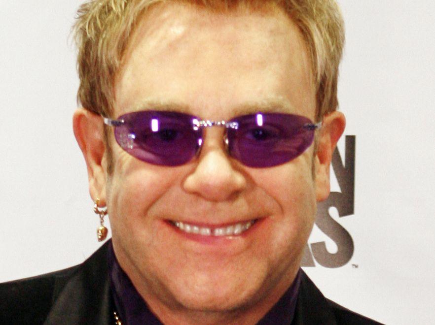 Niegrzeczny Elton!