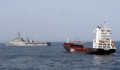Piraci wypuścili się aż na wybrzeża Omanu