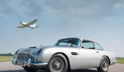 Bondowski Aston Martin na sprzedaż