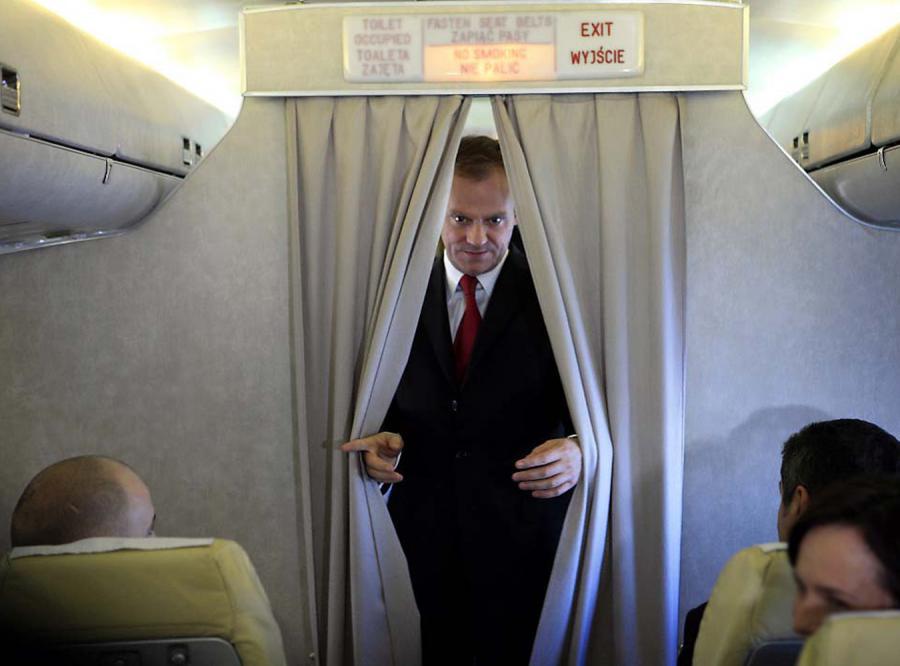 Premier Tusk leci na negocjacje w USA rejsowym samolotem LOT-u.