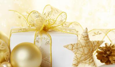 Pracodawcy, którzy chcą przekazać prezenty, powinni zdecydować się na gotówkę