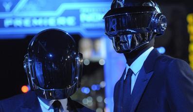 """Daft Punk na premierze filmu """"Tron. Dziedzictwo"""""""