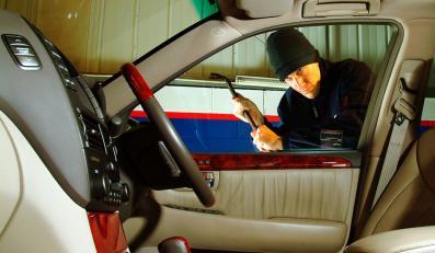Jak radli luksusowe auta? O takim triku jeszcze nie słyszeliście