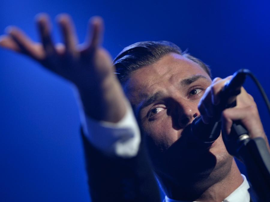 Theo Hutchcraft, wokalista brytyjskiego zespołu Hurts