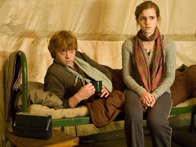 "1. Rupert Grint i Emma Watson (""Harry Potter"") - 4,2 miliarda dolarów"