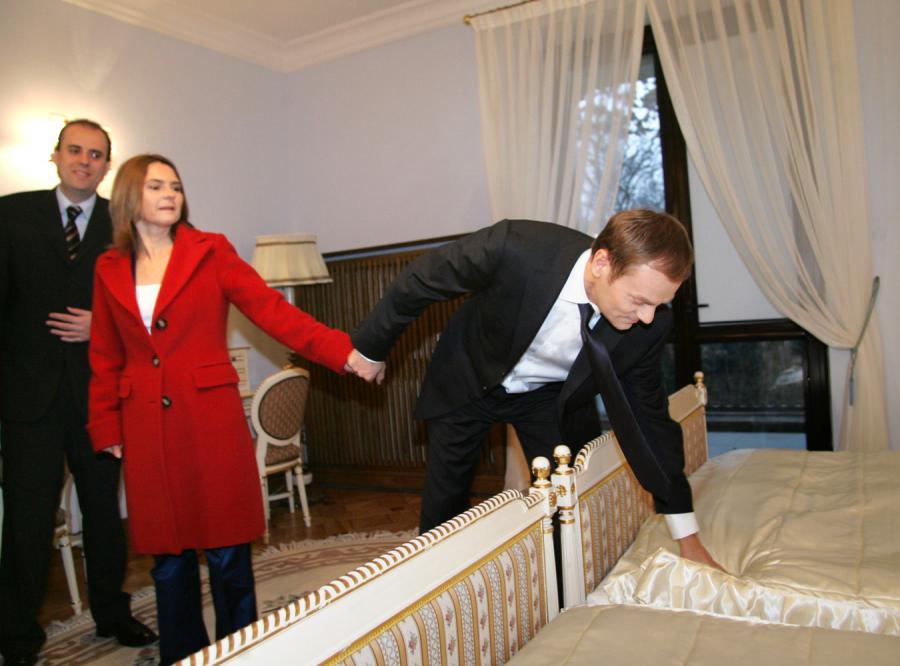Premerowi bardzo spodobało się łoże