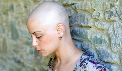 Wysokie kobiety bardziej zagrożone rakiem