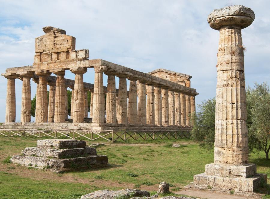 Ruiny w Paestum