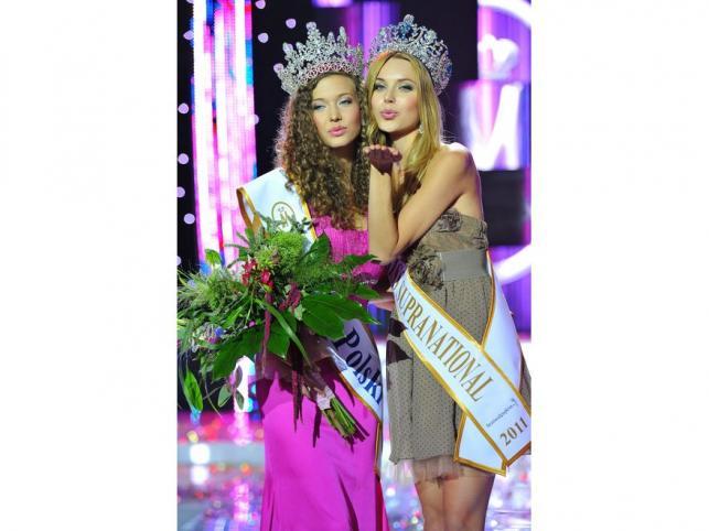 Miss Supranational 2011 – Polka Monika Lewczuk (z prawej)