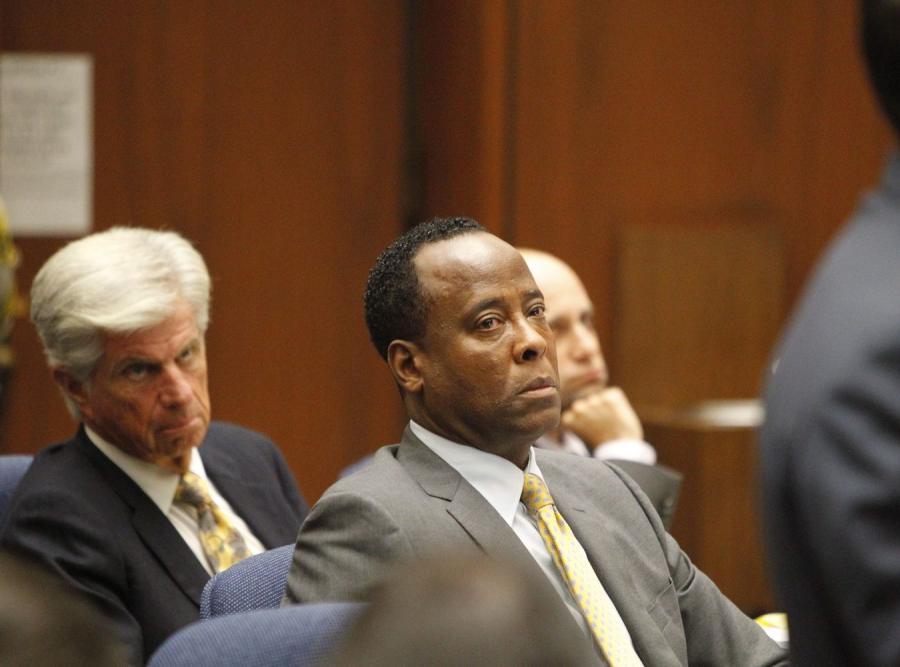 Dr Conrad Murray na ławie oskarżonych