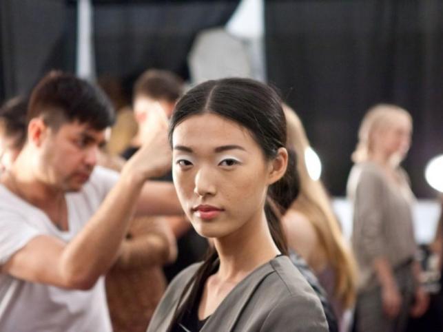 Makijaż Bobbi Brown dla Tibi - New York Fashion Week S/S 2011.
