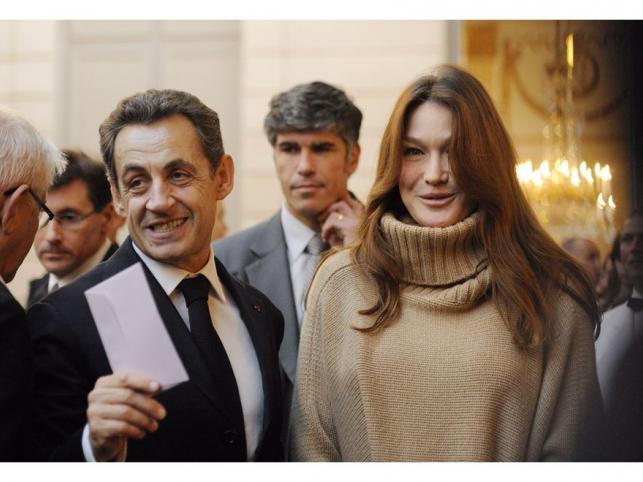 Szczęśliwi rodzice: Carla Bruni-Sarkozy i Nicolas Sarkozy – pierwsze wspólne zdjęcia po porodzie