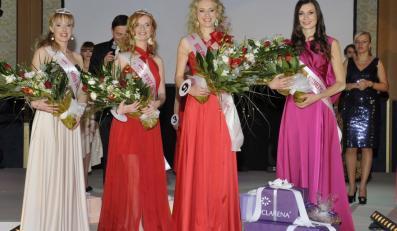 Laureatki wyborów Miss Kosmetyczek 2012 - od lewej: Kalina Skwarcz, Anna Matuk, Angelika Plank i Agnieszka Fennig.