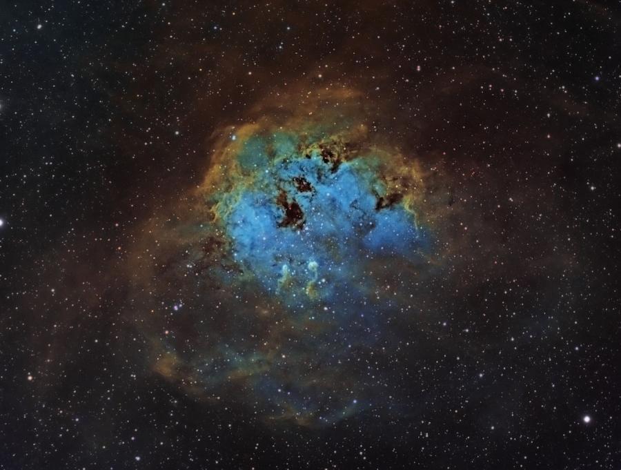 Kosmos okiem teleskopu Hubble\'a