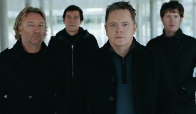 """New Order publikuje swoją """"Elegię"""""""