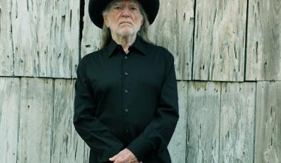 """Willie Nelson wydaje album """"Heroes"""""""