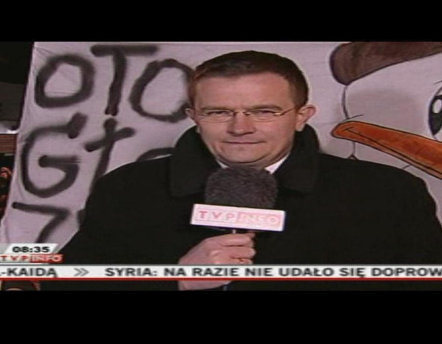 Stul pysk i sp...aj - usłyszał dziennikarz TVP Info przed Pałacem Prezydenckim
