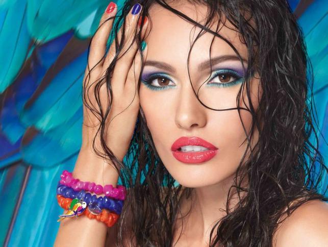 Modne kolory w letnim makijażu. IsaDora Papagayo - kolekcja lato 2012