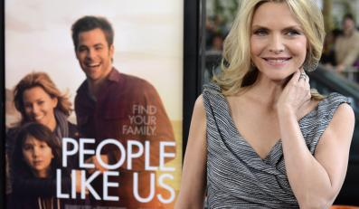 """Michelle Pfeiffer na premierze """"People Like Us"""""""