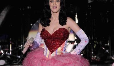 Katy Perry będzie teraz czarna i mroczna